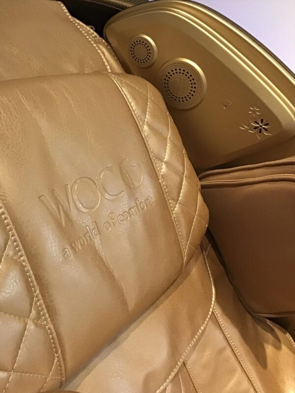 Apollo Plus Massage chair Rose gold speakers