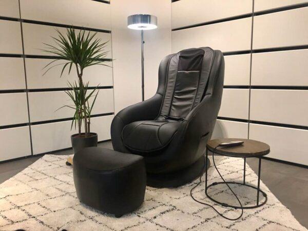 Venus massage chair in the living room Venus massagestol i stuen